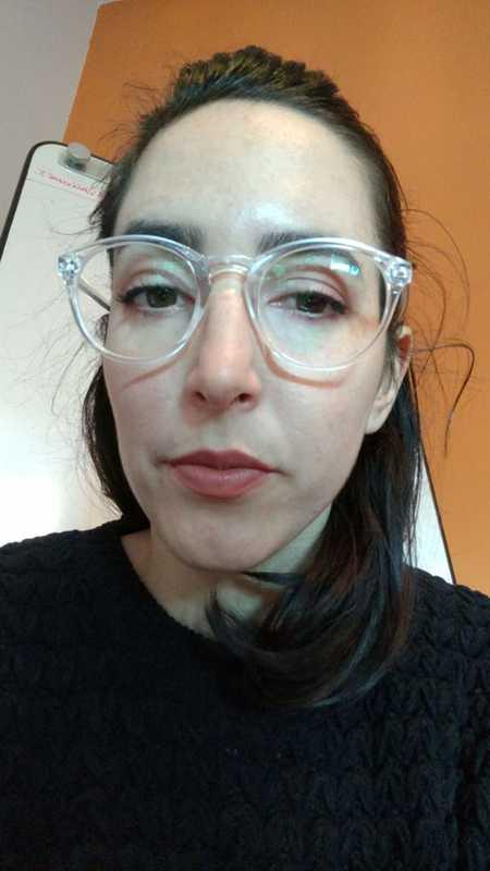 Lucía O. - Clear - round - plastic