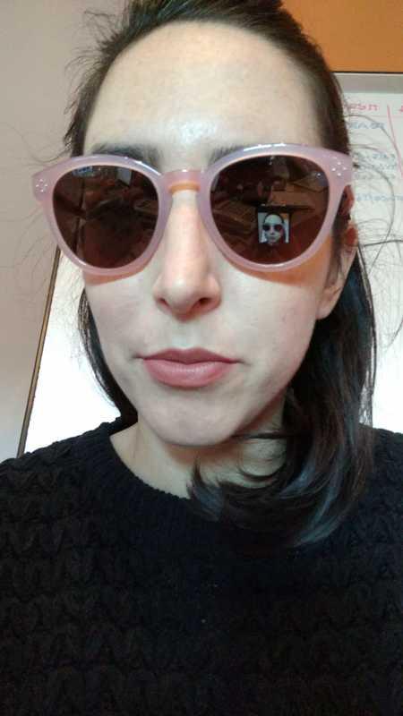 Lucía O. - Pink - round - plastic