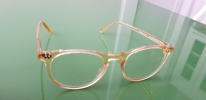 aubrey B. -  Clear Yellow  - round - acetate