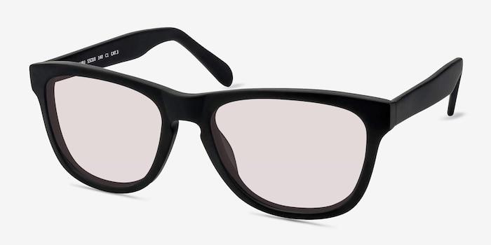 Malibu Matte Black Acétate Soleil de Lunette de vue d'EyeBuyDirect, Vue d'Angle