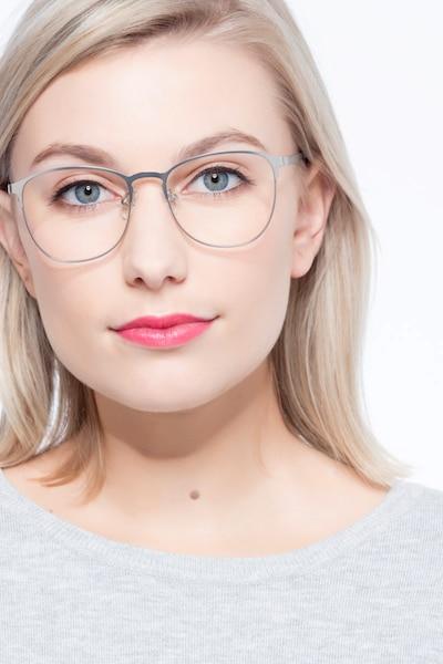 Ember Argenté Métal Montures de Lunettes pour Femmes d'EyeBuyDirect, Vue de Face