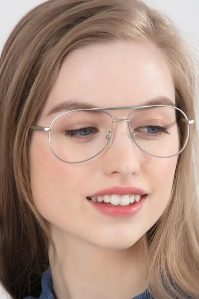 Discover Mat Argent Métal Montures de Lunettes pour Femmes d'EyeBuyDirect