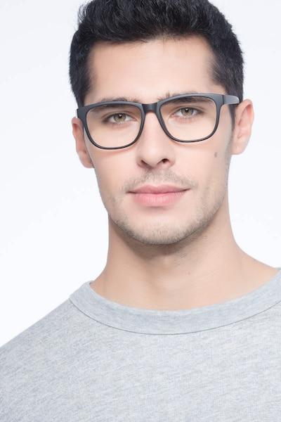 Milo Matte Black Plastique Montures de Lunettes pour Hommes d'EyeBuyDirect, Vue de Face