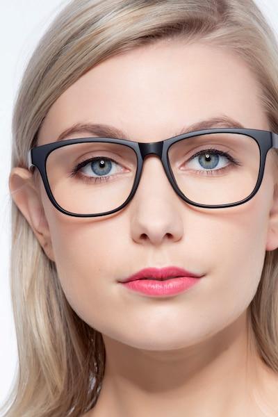 Milo Matte Black Plastique Montures de Lunettes pour Femmes d'EyeBuyDirect