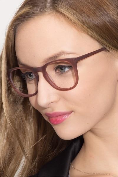 Providence Matte Brown Acétate Montures de Lunettes pour Femmes d'EyeBuyDirect
