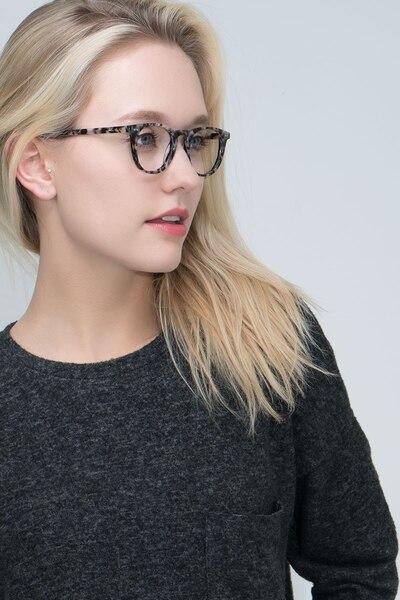 Aurora Flecked Ivory Acétate Montures de Lunettes pour Femmes d'EyeBuyDirect, Vue de Face