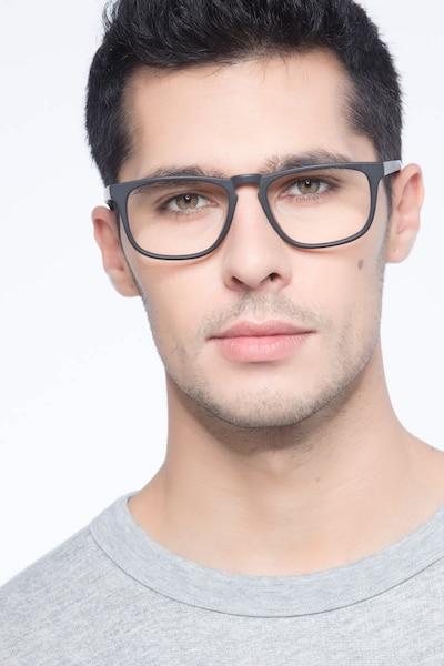 Rhode Island Matte Black Acétate Montures de Lunettes pour Hommes d'EyeBuyDirect, Vue de Face