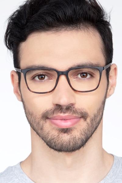 Stride Écailles Plastique Montures de Lunettes pour Hommes d'EyeBuyDirect