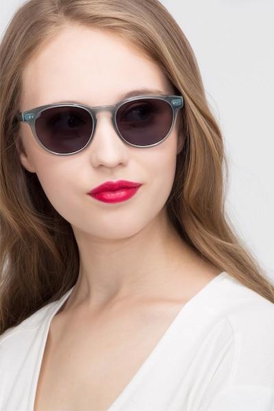 Till Dawn Clear Blue Acétate Soleil de Lunettes pour Femmes d'EyeBuyDirect, Vue de Face