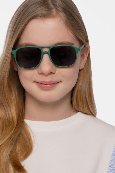 Mead Vert Plastique Soleil de Lunettes pour Femmes d'EyeBuyDirect, Vue de Face