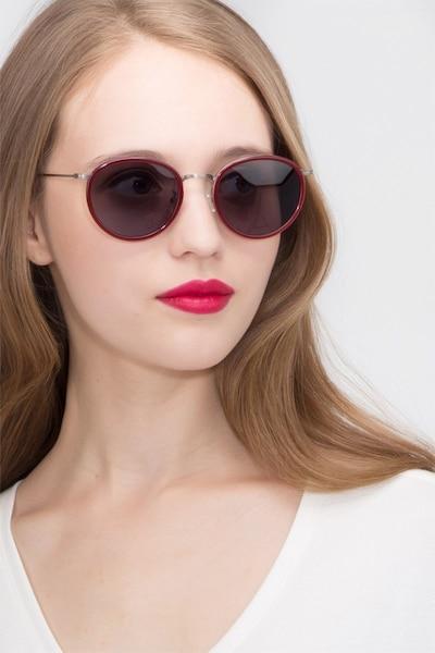 Sun Tea Rouge Acétate Soleil de Lunettes pour Femmes d'EyeBuyDirect, Vue de Face