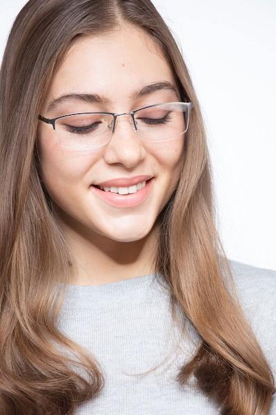 Furox - women model image