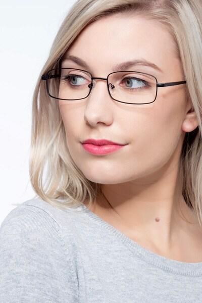 Brodie - women model image