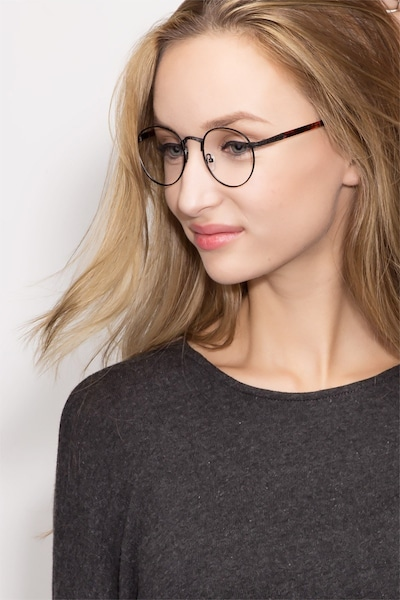 Fitzgerald - women model image