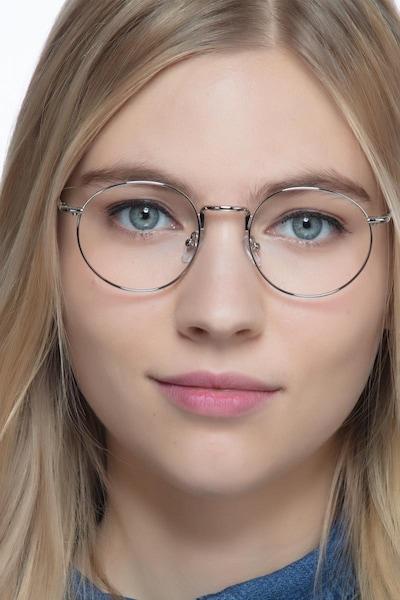 Puzzle - women model image