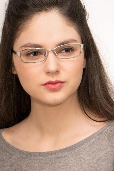 Johanna - women model image