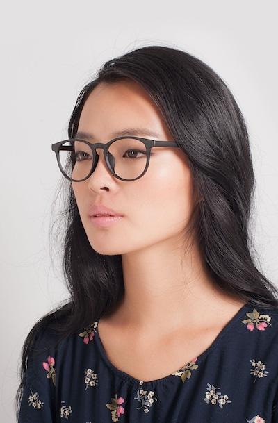 Chilling - women model image