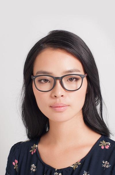 Yolo - women model image