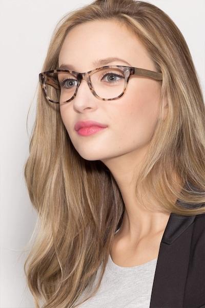 Amber - women model image