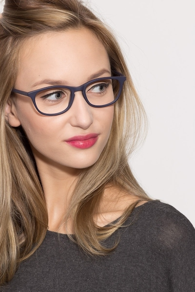 Valentin - women model image