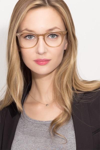 Flume - women model image