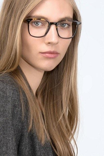 Sequence Amber Tortoise Acétate Montures de Lunettes pour Femmes d'EyeBuyDirect, Vue de Face