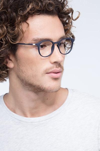 Brace Matte Navy Plastique Montures de Lunettes pour Hommes d'EyeBuyDirect, Vue de Face