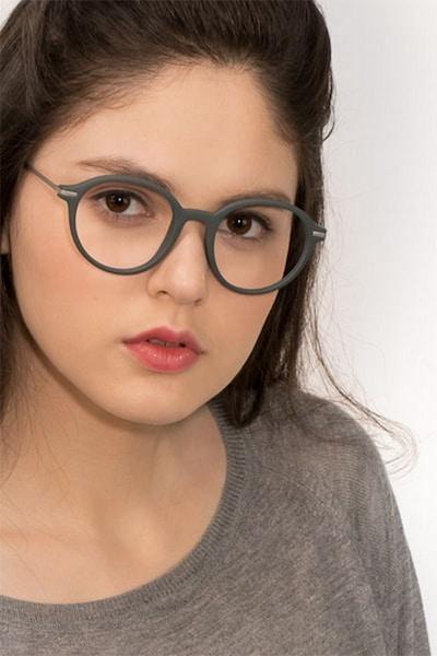 Juno - women model image
