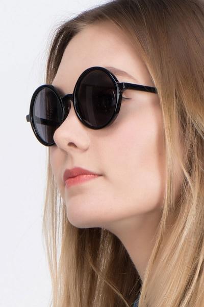 Alena Noir Acétate Soleil de Lunettes pour Femmes d'EyeBuyDirect