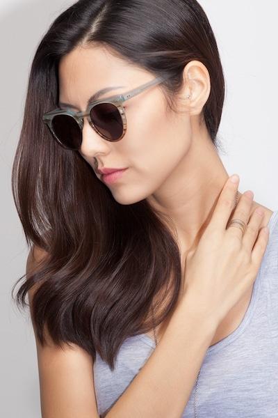 Shadow - women model image