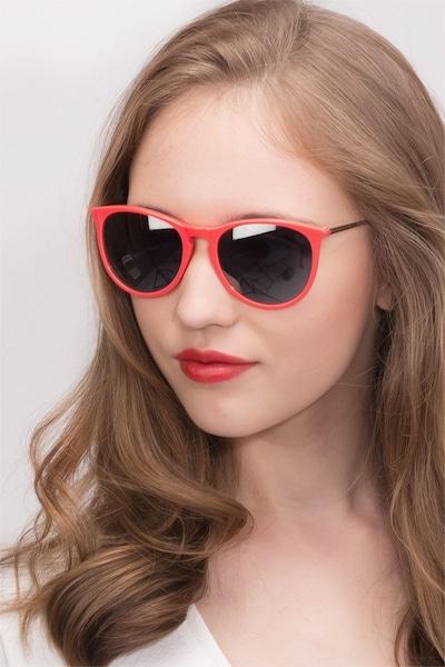 Interlude  Pink  Acétate Soleil de Lunettes pour Femmes d'EyeBuyDirect, Vue de Face