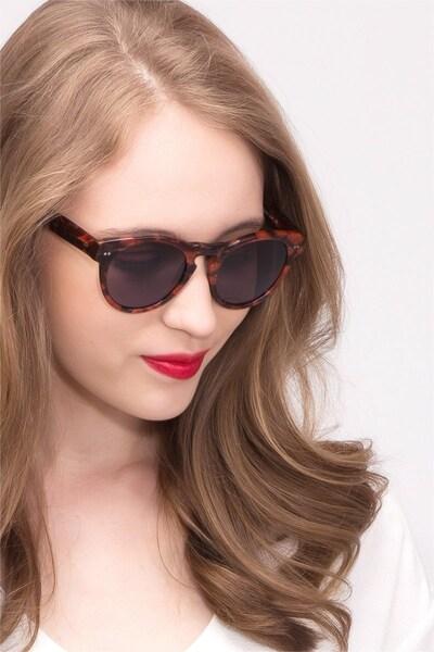 Penelope - women model image