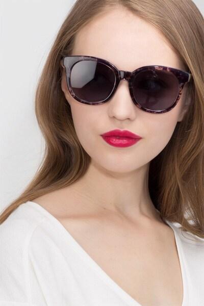 Elena - women model image