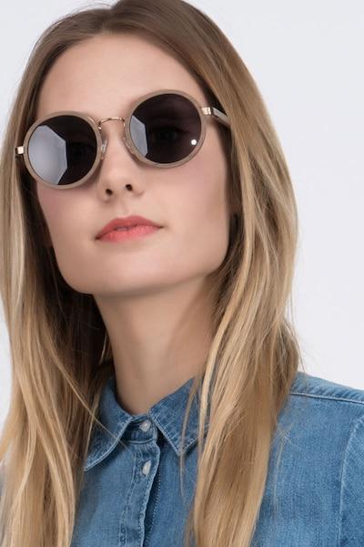 Bounce - women model image