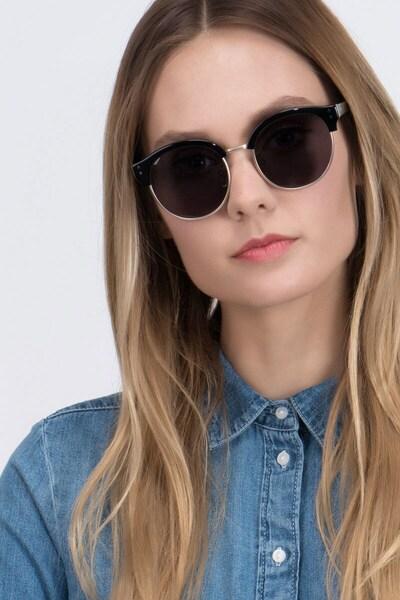 Limoncello - women model image