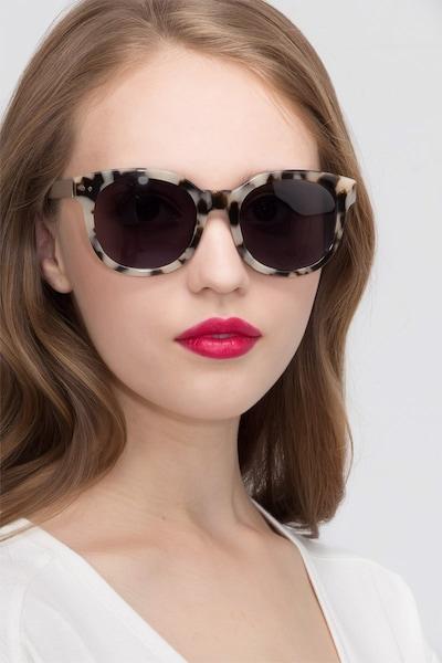 Till Sunset - women model image